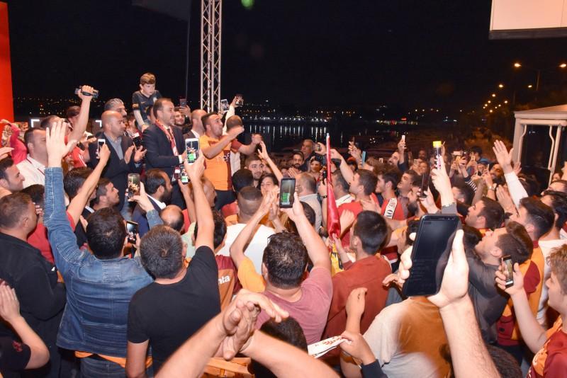 BAŞKAN YILMAZ, CİMBOM'UN ŞAMPİYONLUĞUNU KUTLADI