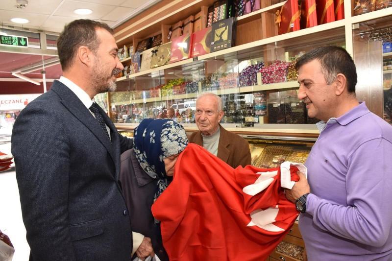 """BAŞKAN YILMAZ'DAN BARIŞ PINARI HAREKÂTI'NA """"AY YILDIZLI"""" DESTEK"""