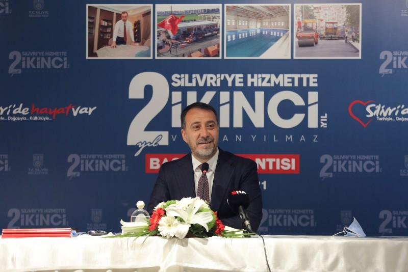 BAŞKAN YILMAZ'DAN SİLİVRİ'YE HİZMETTE 2. YIL TOPLANTISI